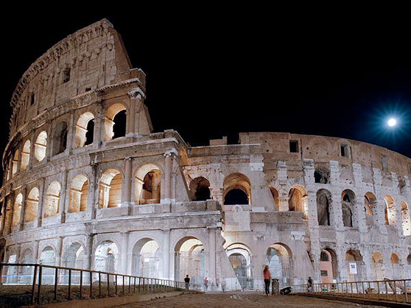 colosseo-notturna